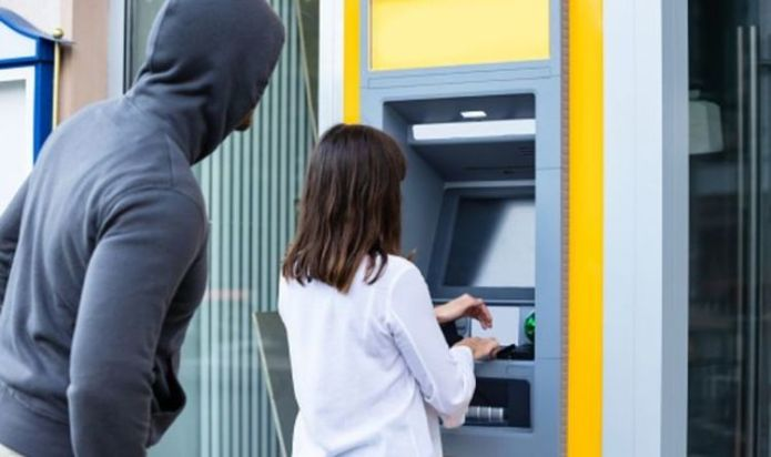 ATM users told to watch out as new way scammers can steal credit cards is uncovered