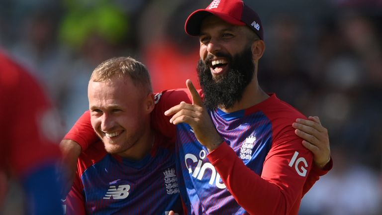England's level T20 Series: Spinners shining