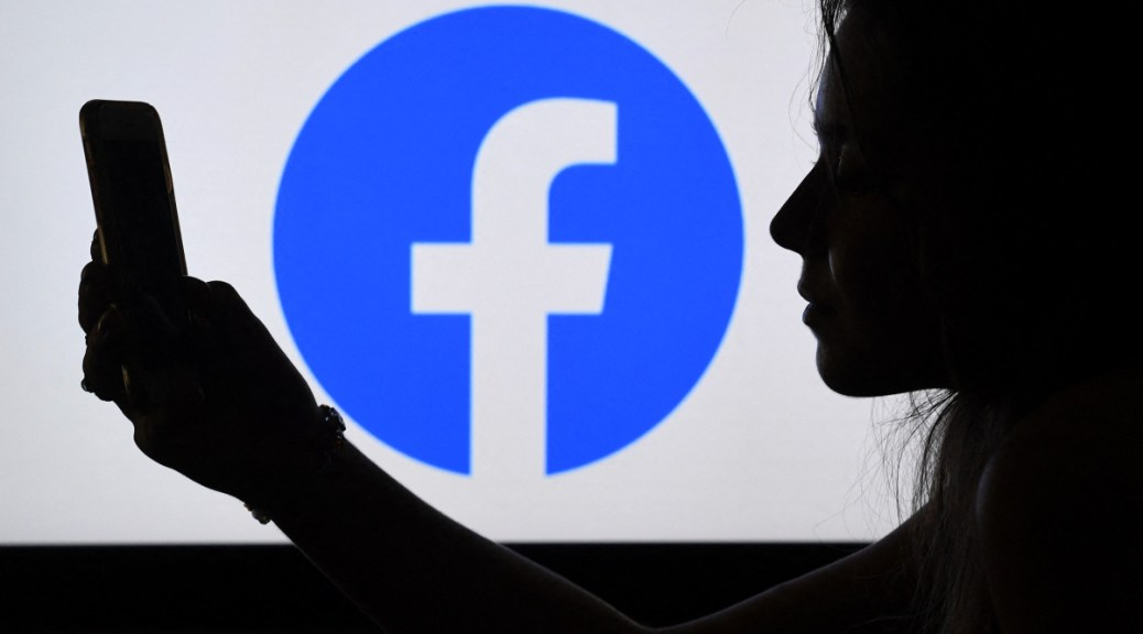 Facebook has buried an older report about popular posts. It's amazing! Transparency is key.