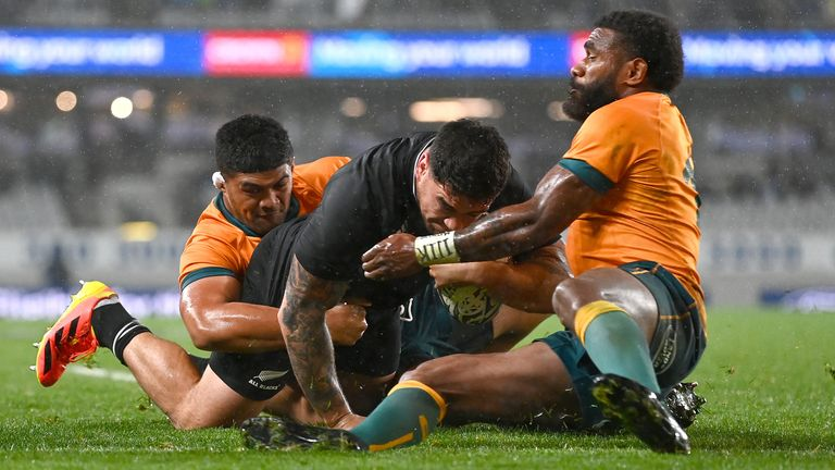 All Blacks win Bledisloe Cup with record score