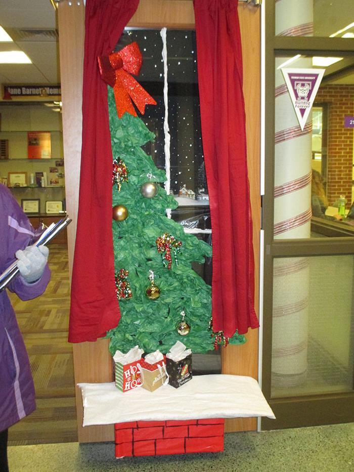 Holiday Door Decorating Contest Decoratingspecial Com
