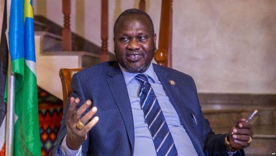 Machar flees south sudan