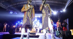 mozey radio and weasel hold a successful concert
