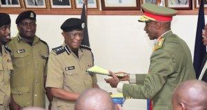 Kayihura hands over office