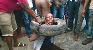 mob kills suspected thieves