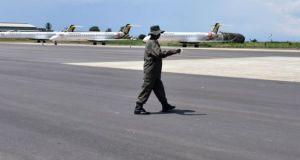 Museveni Inspects Uganda's Bombardier CRJ 900 Planes