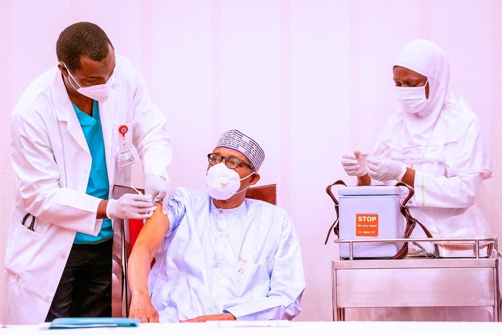 Nigeria Roll Out COVID-19 Vaccination With Buhari, Osinbajo Jab