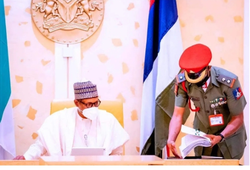 President Buhari Appoints New Chief of Army Staff