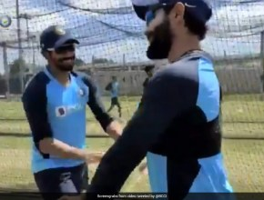 Australia vs India: Jasprit Bumrah, Ravindra Jadeja Copy Each Others Action And Its Amusing. Watch