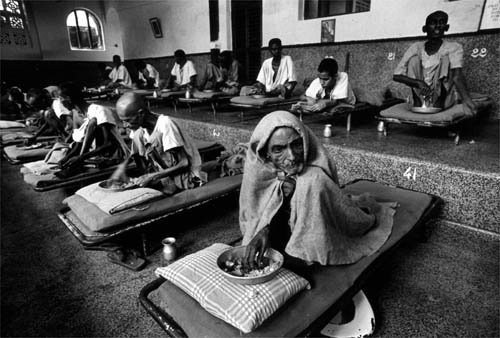 Men being cared for at the Home for the Destitute. Calcutta, India. 1981 © M.Kobayashi/Exile Images