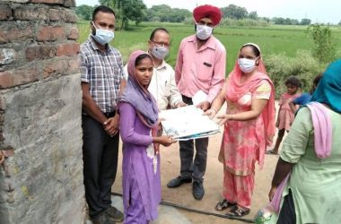 Health teams distribute Mosquito nets in three villages