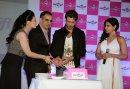 Hrithik Roshan cutting cake ordered on Sendmygift.com