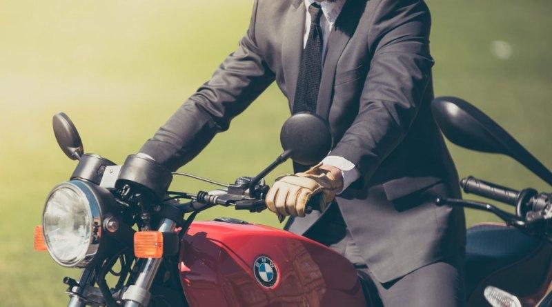 Со скольки лет по закону можно ездить на мотоцикле