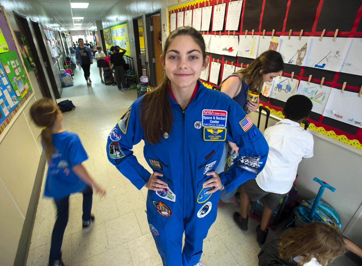 Nasa Trains 17 Year Old To Be The First Human On Mars