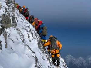 Mount Everest most Dangerous Tourist Attractions in the World