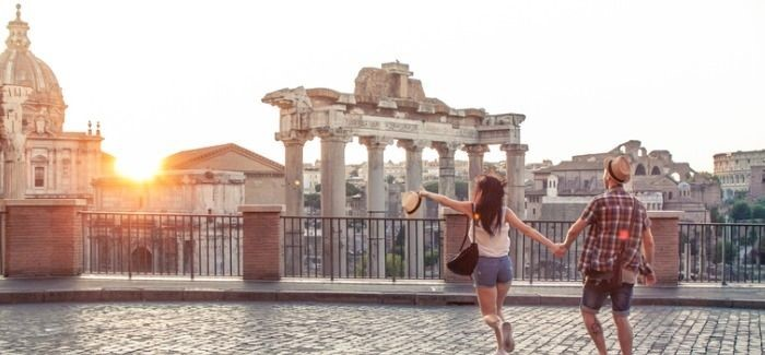 THE 9 MOST ROMANTIC PLACES TO STUDY ABROAD