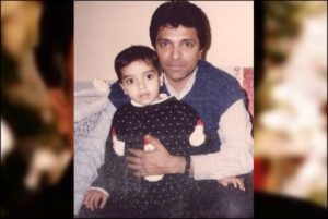 Moin Akhtar with family
