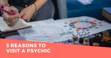 3 Reasons To Visit a Psychic