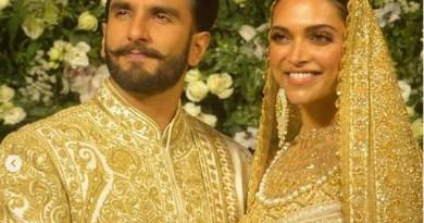 रणवीर-दीपिका की शादी का दूसरा रिसेप्शन मुंबई में हुआ। इस रिसेप्शन में बॉलीवुड इंडस्ट्री के अलावा कई और लोग भी शामिल हुए।
