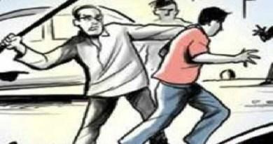 दिल्ली में जय श्रीराम नहीं बोलने पर मौलाना को कार से टक्कर मारने का मामला सामने आया है। घटना रोहिणी के सेक्टर 20 की बताई जा रही है।
