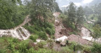 पाकिस्तना अधिकृत कश्मीर में बादल फटने से भारी तबाही