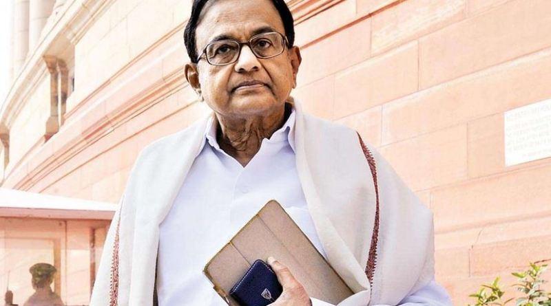 INX मीडिया केस में पर्व वित्त मंत्री पी चिंदबरम पर गिरफ्तारी की तलवार लटक रही है।