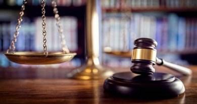 उत्तराखंड में एक बोर्डिंग स्कूल में छात्रा से हुए गैंगरेप केस में सोमवार को देहरादून की पॉक्सो अदालत ने अपना फैसला सुना दिया।