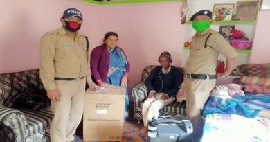 उत्तराखंड पुलिस को सलाम! लॉकडाउन में 190 किलोमीटर दूर से ऑक्सीजन सिलेंडर लाकर मरीज को दी राहत