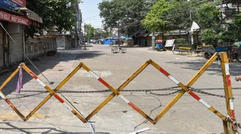 उत्तराखंड के जिन इलाकों में कोरोना के मामले बढ़ रहे हैं उन इलाकों में सरकार सख्ती बरत रही है, ताकि बढ़ते कोरोना संक्रमण पर काबू पाया जा सके।