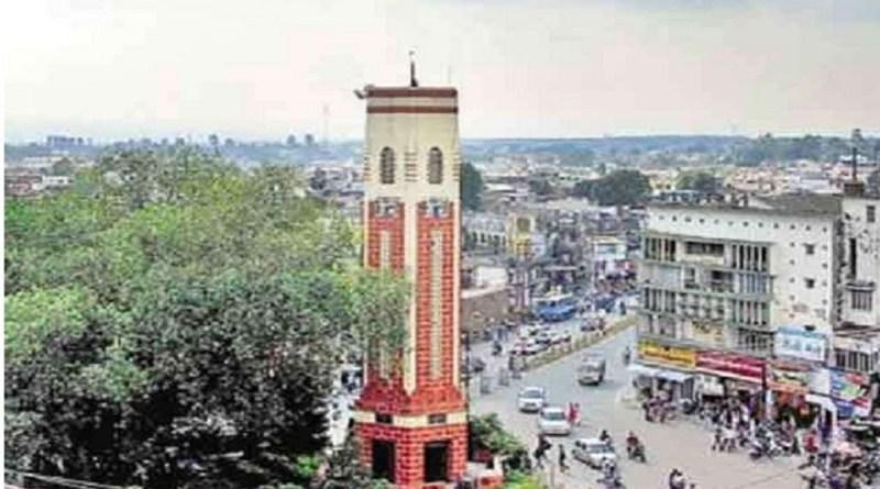 कोरोना महामारी के बीच उत्तराखंड की राजधानी देहरादून में लगाई गई सभी पाबंदियों को हटा लिया गया है। जिले में अब हर दिन बाजार खुलेंगे।
