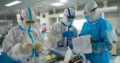 उत्तराखंड में एक बार फिर तेजी से कोरोना संक्रमितों की संख्या बढ़ने लगी है, जिसने सरकार और स्वास्थ्य विभाग की चिंता बढ़ा दी है।