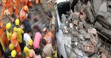 उत्तराखंड की राजधानी देहरादून के इंदिरा कॉलोनी में एक मकान ढहने से परिवार के चार लोगों की मौत हो गई है। जबकि दो लोग बुरी तरह से घायल हो गए हैं।