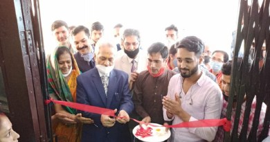 उत्तराखंड के अल्मोड़ा में सोबन सिंह जीना विश्वविद्यालय अब अस्तित्व में आ गया है। शुक्रवार को विश्वविद्यालय के प्रथम कुलपति प्रो. नरेंद्र सिंह भंडारी ने कार्यभार ग्रहण कर लिया।