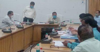हरिद्वार के जिला अधिकारी कैंप कार्यालय में जिला जल एवं स्वच्छता मिशन की बैठक आयोजित की गई है।
