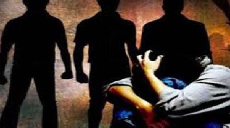 बेहद शर्मनाक! 20 साल के युवक को साथ ले गए दो युवक, मौका देख किया सामूहिक कुकर्म, गिरफ्तर