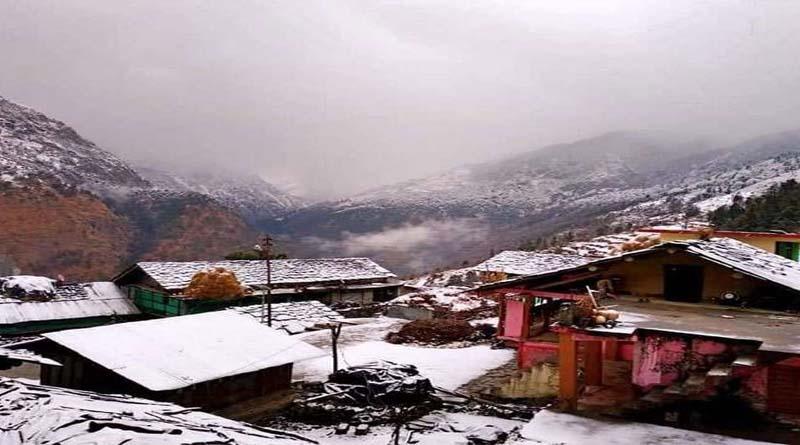 चंपावत में हड्डियां गलाने वाली ठंड, तीन डिग्री पहुंचा जिले का तापमान