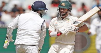 भारत के खिलाफ दूसरा टेस्ट बुरी तरह हारने के बाद आस्ट्रेलियाई टीम दबाव में आ गई है। भारत की चुनौती से निपटने के लिए ऑस्ट्रेलियाई टीम तरकीब ढूंढ रही है।