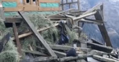 उत्तरकाशी के इस गांव में दर्दनाक हादसा, भूस्खलन में क्षतिग्रस्त हुए 10 भवन, एक महिला घायल