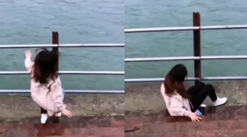 ये वीडियो ऋषिकेश का गंगा किनारे का बताया जा रहा है। इस वीडियो में दिख रहा है कि लड़की एक वीडियो शूट करा रही थी। तभी अचानक उसका पैर फिसल गया और वो नीचे गिर गई।