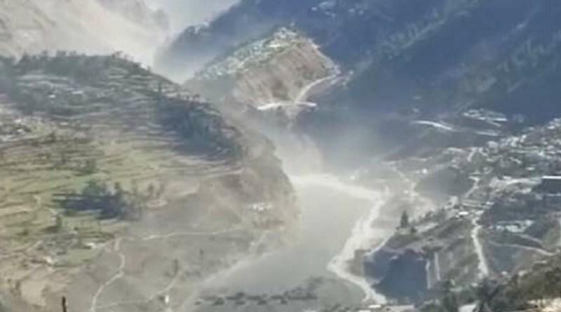 उत्तराखंड में आई तबाही के बाद केंद्र सरकार ने ये फैसला किया है कि अब ग्लेशियर की मॉनिटरिंग की जायेगी ताकि आने वाली तबाही का पहले ही पता लगा लिया जाये।