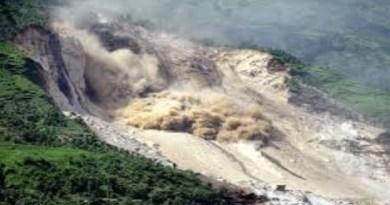 एक रिपोर्ट के मुताबिक उत्तराखंड के 85 फीसदी जिले बाढ़ और भूस्खलन के हॉट स्पॉट बने हैं। यहां चमोली जैसी तबाही हो सकती है।