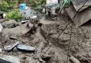 उत्तराखंड के टिहरी गढ़वाल में आसामान से आफत बरसी है। बारिश के बीच भिलंगना ब्लॉक में बादल फटने से तबाही मची है।