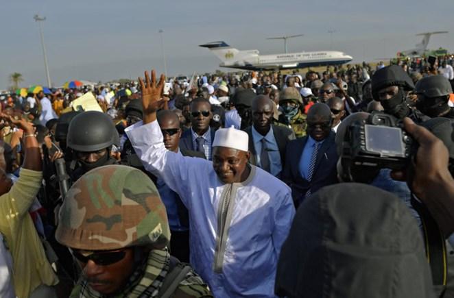 Barrow-arrives-Gambia1