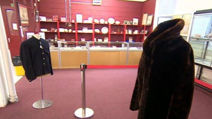 Titanic-fur-coat