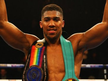 Nigerian-British Boxing Champ, Anthony Joshua Accused Of Sleeping With Amir Khan's Wife