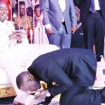 Veteran Media Personality Joseph Kabuleta Joins People Kissing Prophet Elvis Mbonye's Shoes For Blessings