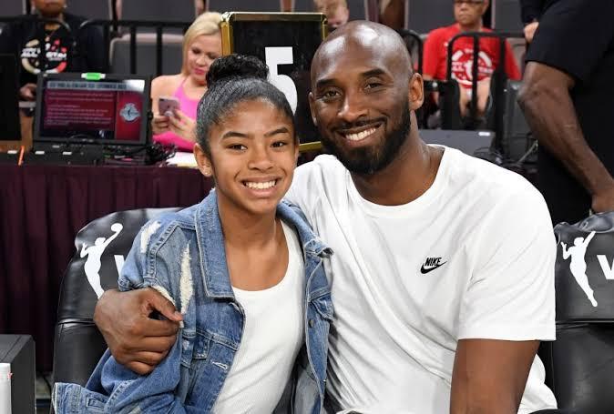Kobe Bryant's death, Kobe Bryant dies, Kobe Bryant helicopter crash