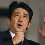 【悲報】安倍晋三「新年あけおめ。人口が減少する日本は、もう成長できません、ごめんね」
