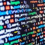 小学校のプログラミングの義務化って授業で何するの?