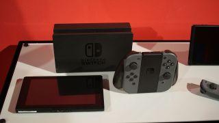 任天堂はなぜNintendo Switchのオンラインを有料にしたのか…